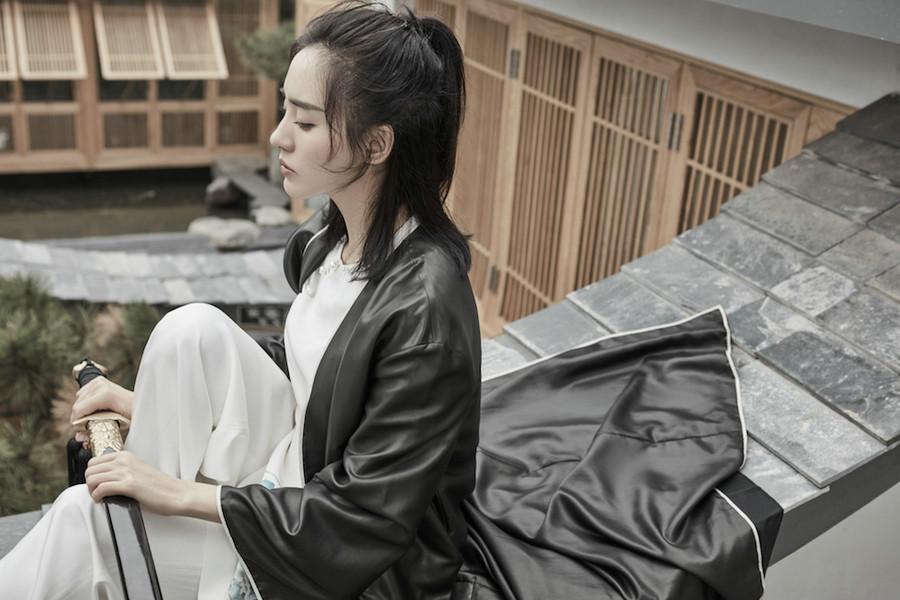 王智运动主题大片 展侠气与英气