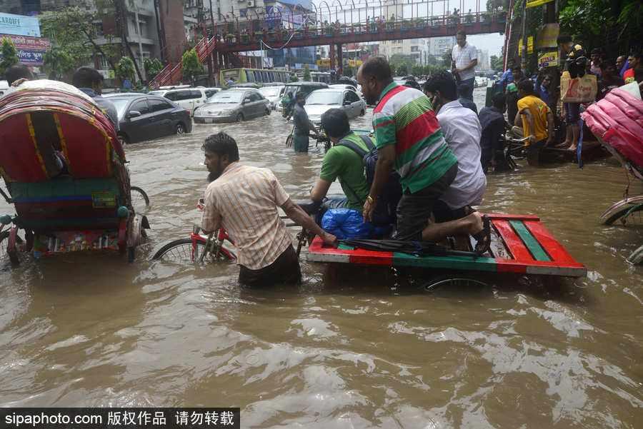孟加拉国235万人受灾