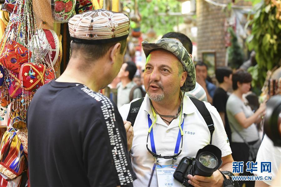 24国媒体记者探访新疆