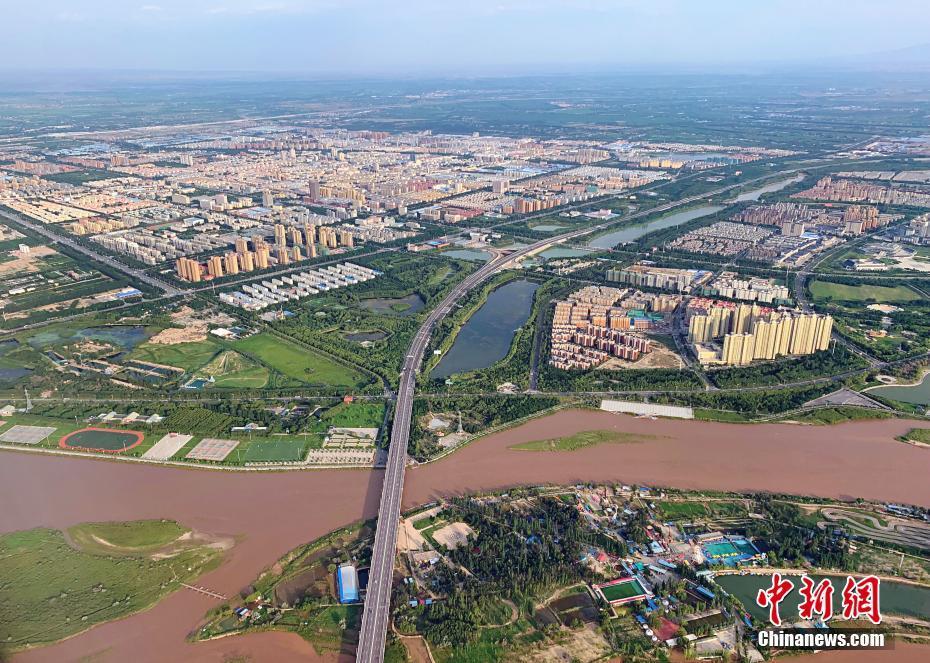 空中鳥瞰塞上江南美景