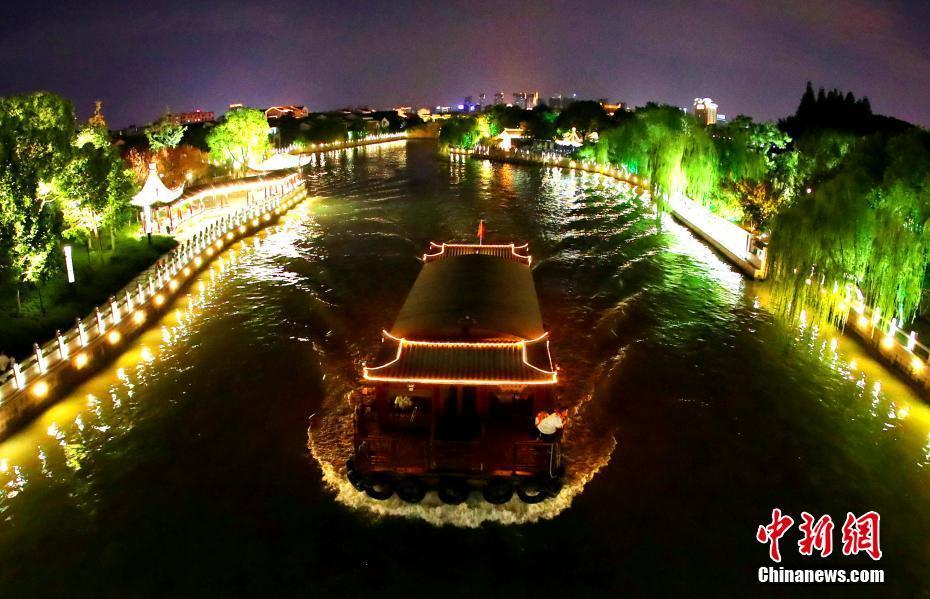 苏州环城河秋夜璀璨