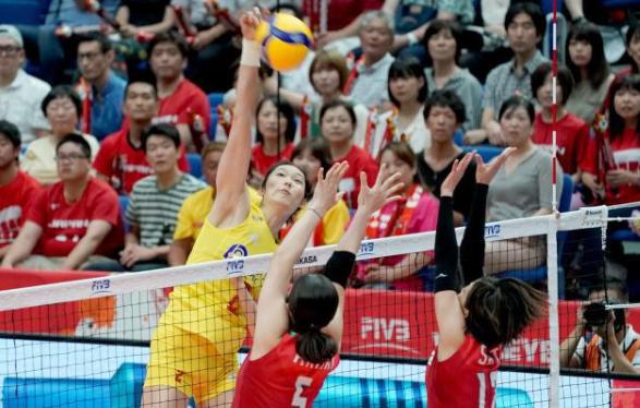 5戰全勝1局沒丟 中國女排3-0日本