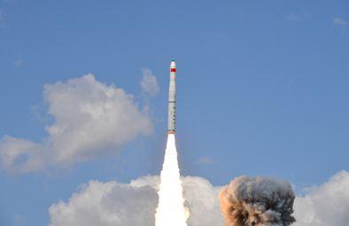 """一箭五星!""""珠海一号""""03组卫星发射成功"""
