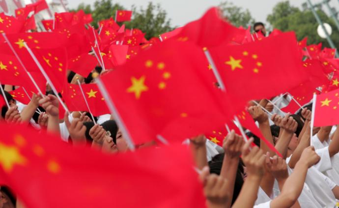 国庆70周年群众游行活动十万人参加