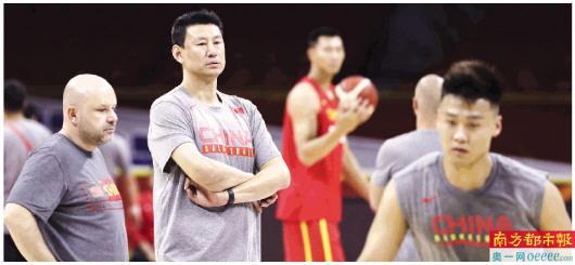 中国男篮再迎生死战 今晚将在广州迎战韩国队