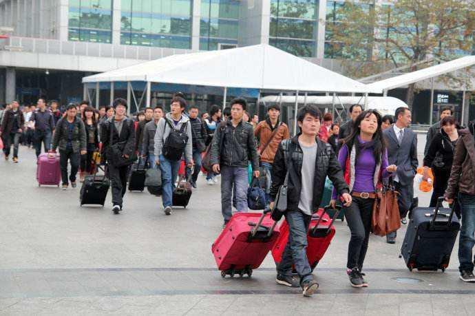 春运前10天全国发送旅客7.58亿人次