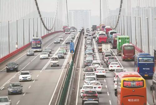 虎门大桥正月初六或迎来车流高峰