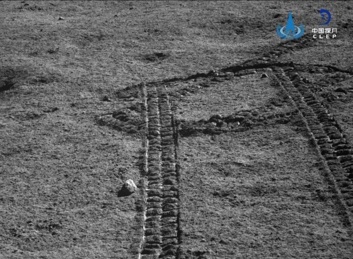 嫦娥四号、玉兔二号顺利唤醒 进入第十五月昼工作期