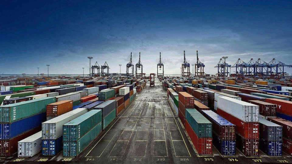 1-2月中国外贸增速将大幅回落 全年仍将处于合理区间