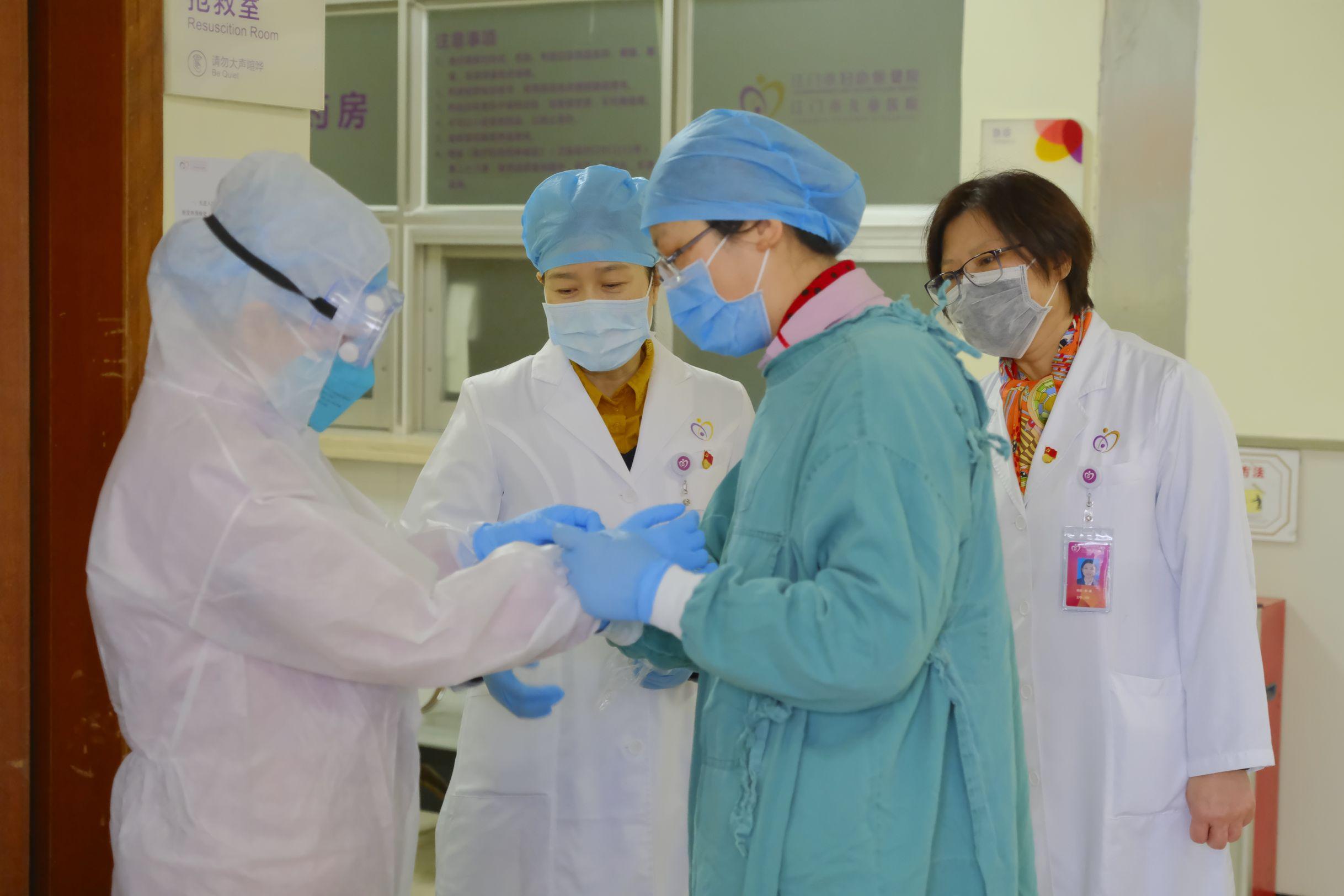 湖北籍醫護人員在江門:堅守崗位 為健康護航