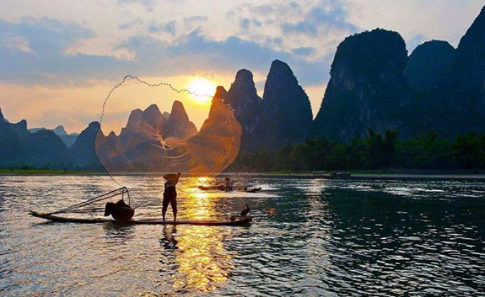 桂林漓江今起恢复游船运营,全国医务人员及亲属免门票
