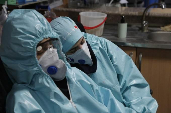 世卫组织:全球逾2.2万医护人员感染新冠病毒