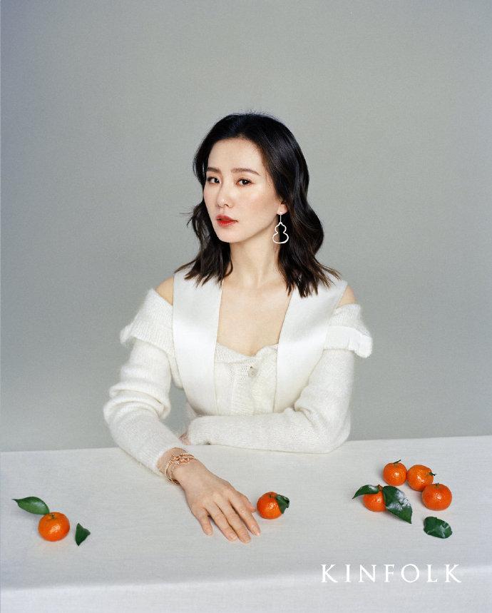 劉詩詩 演繹春日浪漫和諧