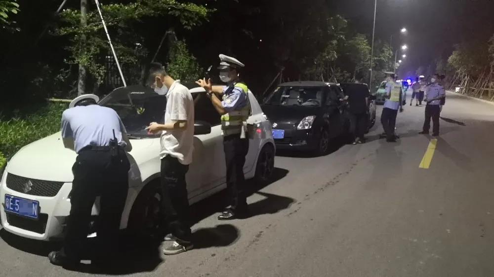 非法改裝車大集會 蓬江交警一鍋端
