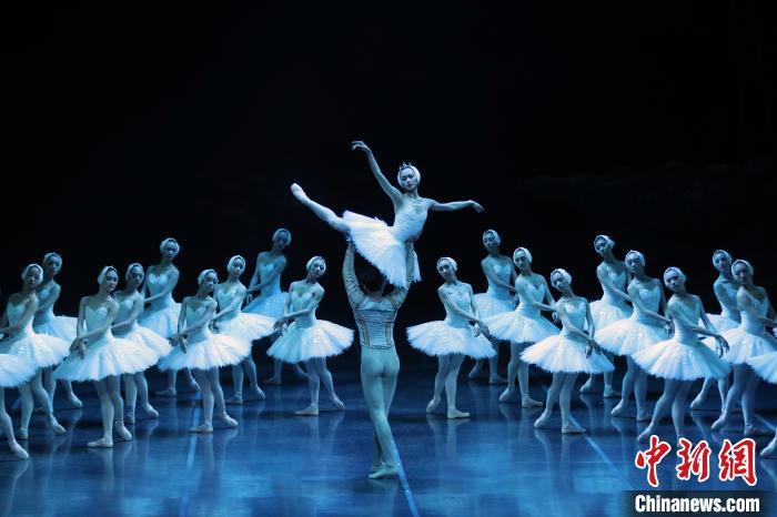 """拉开复演序幕 上海大剧院上演""""天鹅""""归来"""