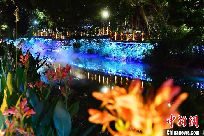 福州河道夜色如梦似幻