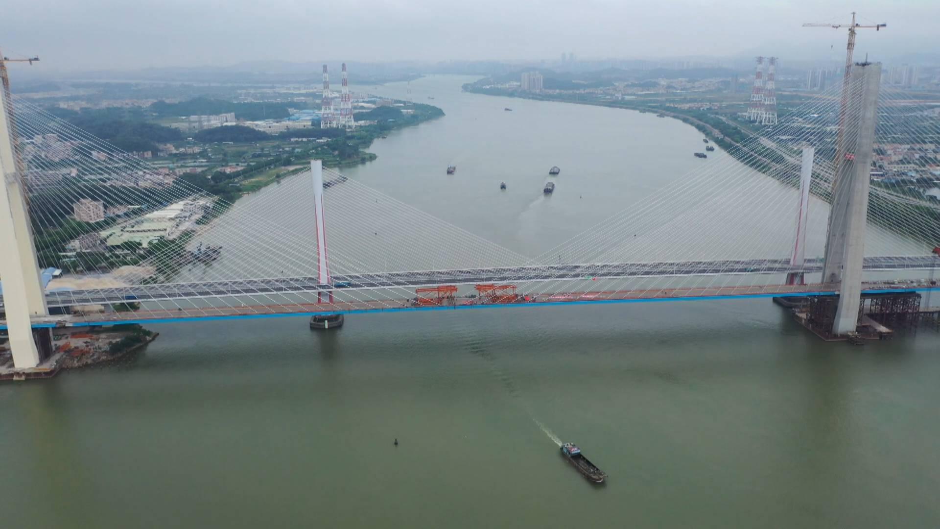 广州南沙港铁路跨西江斜拉桥顺利合龙 拟新增滨江新区等4座车站