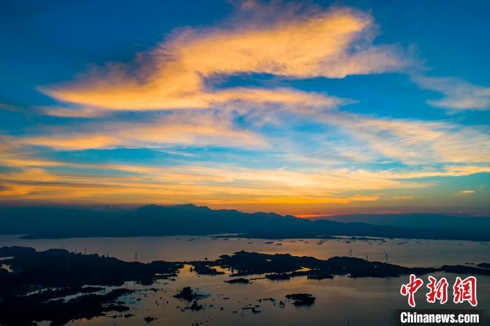 航拍鄱阳湖皂湖水域