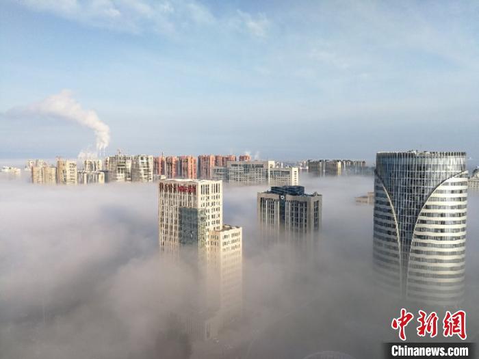內蒙古通遼出現云海景觀 宛若人間仙境