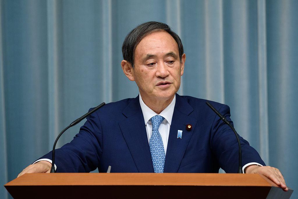 """從""""三無""""政治家登頂日本首相,71歲的菅義偉能走多遠?"""