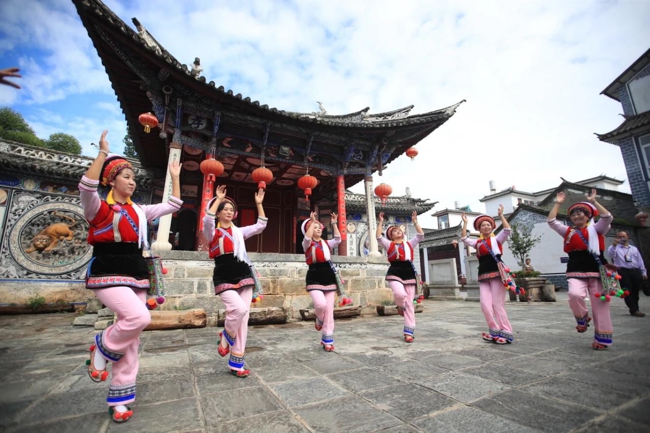 云南发布旅游消费参考成本:旺季跟团每人每天至少230元