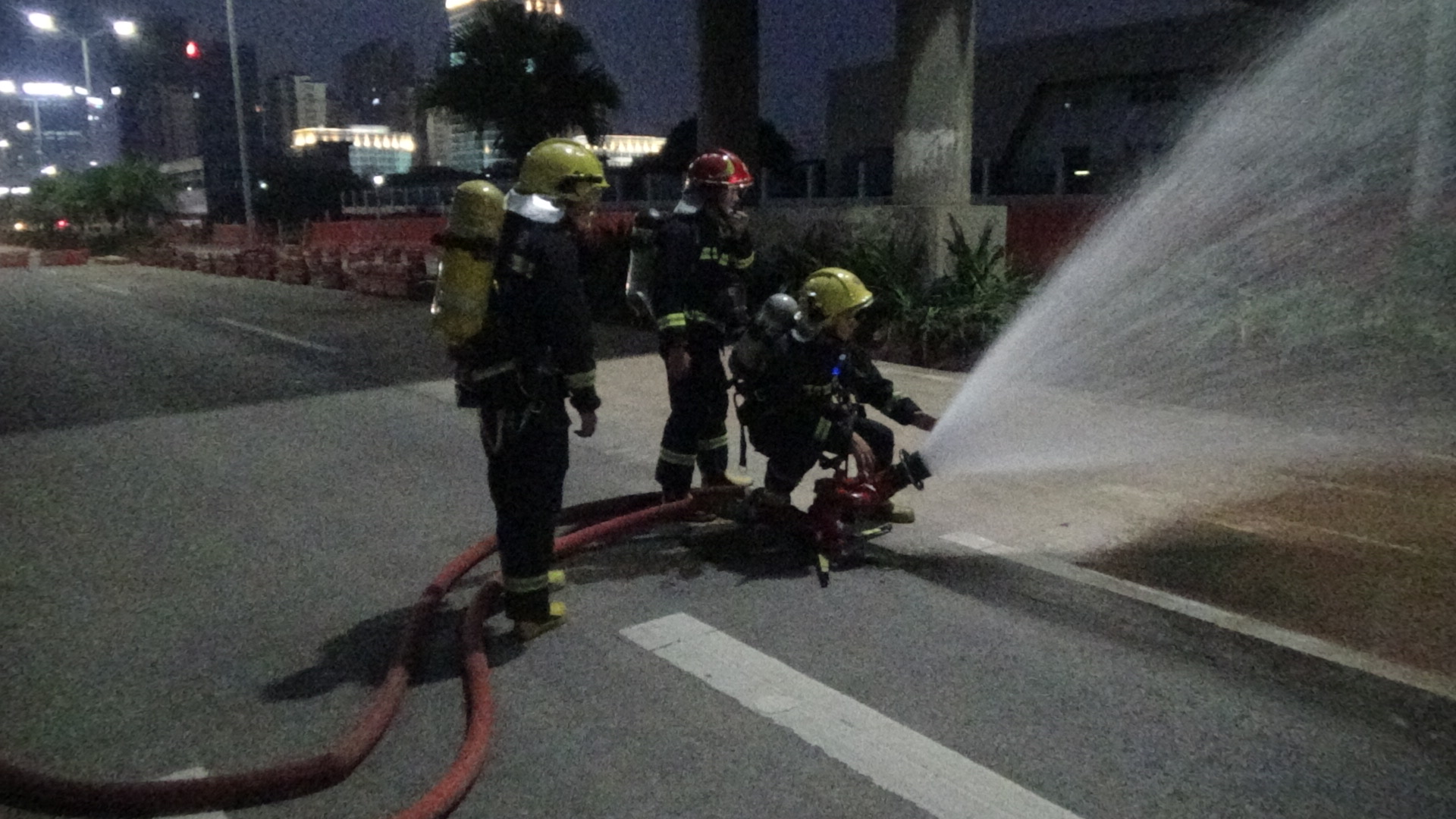突发!蓬江区双龙大道发生燃气泄漏事件,多部门及时处置,险情已排除!