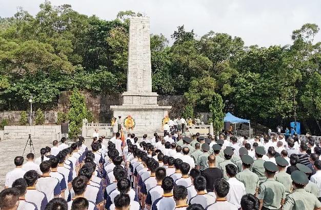 【铭记】恩平举行公祭革命烈士活动