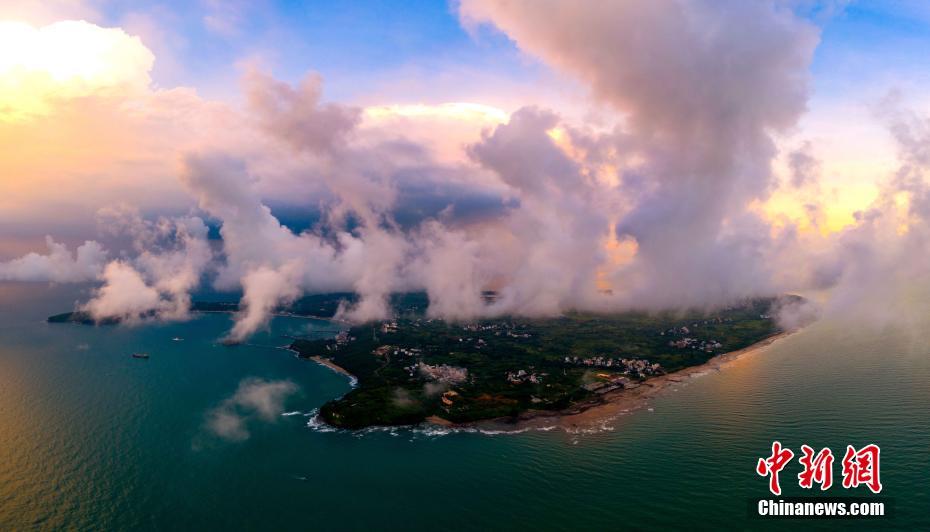 航拍中国最年轻火山岛